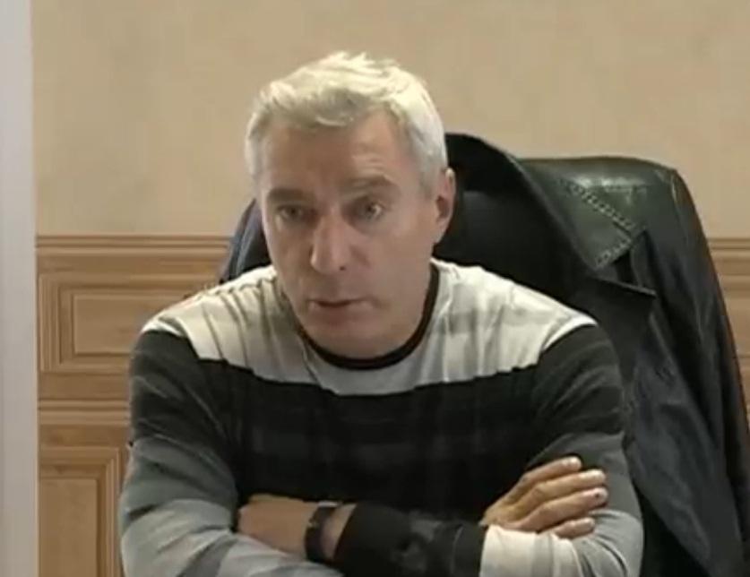 iz_za_politicheskogo_skandala_glava_abanskogo_rayona_mihail_krivitskiy_podal_v_otstavku_thumb_fed_photo