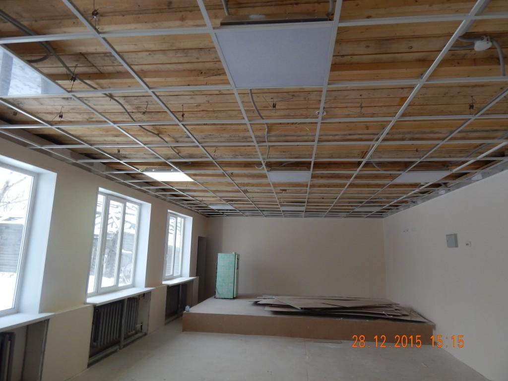 Кучеровская школа потолок